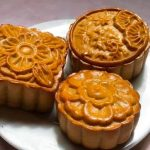 Cách làm bánh trung thu với chảo chống dính và nồi chiên không dầu